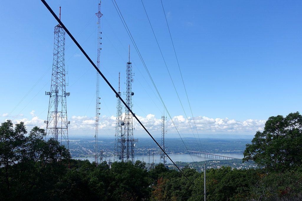 Mt Beacon Antennas and View
